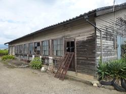 47北伊勢陸軍飛行場の旧建物か2