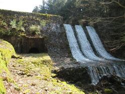 12桂貯水池堰堤1
