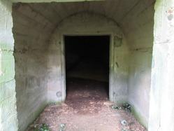 25地下壕入り口