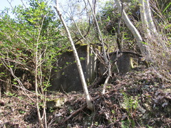 19愛宕山防空砲台浄化槽1