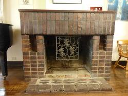 9本野邸暖炉