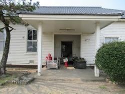 4連隊本部玄関
