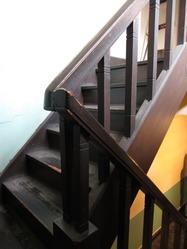 13辻徳商店階段