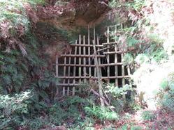 44地下壕3入口