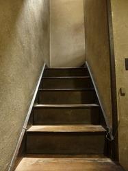 10本野邸階段
