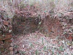 19三山木海軍火薬製造所煉瓦造入り口退避所