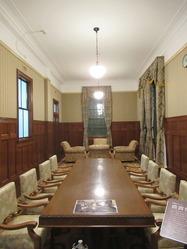 18旧大和田銀行本店会議室