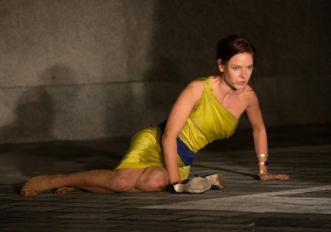 BEYONDダニエル・エスピノーサ監督のSF『ライフ』でレベッカ・ファーガソンが主演
