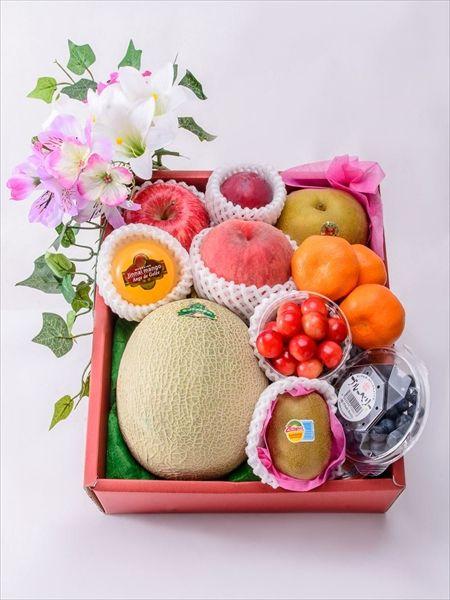お盆のお供え果物