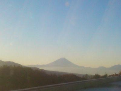 ホテルから見た富士山 朝