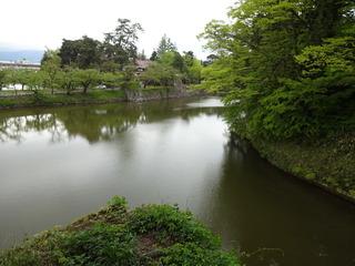 鶴ヶ城の堀