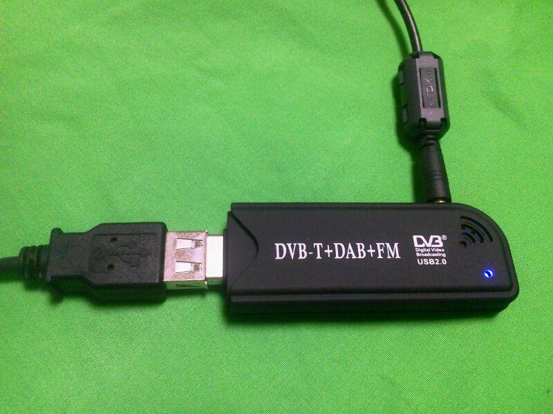USBワンセグチューナーでHF受信も可能です。USBワンセグチューナーを改造してダイレクトサンプリングで受信する方法とコンバーターを使用する方法です。