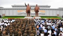 北朝鮮で日本人男性拘束、スパイ容疑か 政府は情報収集