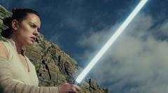 「最後のジェダイ」世界興収4億2500万ドル超えのロケット発進