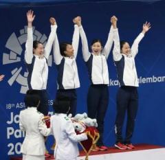 池江璃花子が5冠!日本選手最多タイ、女子400メドレーリレーで金