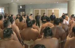 大相撲 冬巡業 日馬富士の暴行受け観客に謝罪