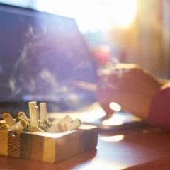 都の屋内禁煙条例案、見送りへ…厚労省案を精査