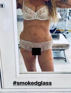 米・還暦マドンナがセルフィ下着姿を公開もグロいと話題に