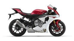 2015-Yamaha-YZF-R1-EU-Racing-Red-Studio-002