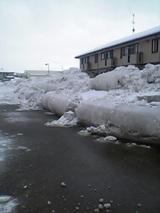 20051218雪の壁1