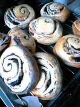 20060528チョコロールパン