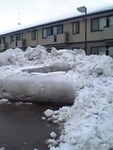 20051218雪の壁2