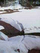 20060304雪解けの山2