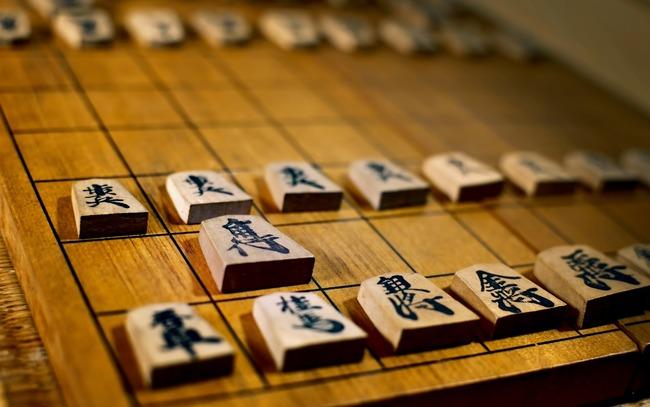 将棋って女流が完全に弱いけど、これ将棋という知能スポーツのショボさというか未成熟さを物語ってねぇ?