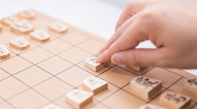スポーツ格闘技で女は男に勝てない ←解る 将棋囲碁でも女は男に勝てない ←何故なのか