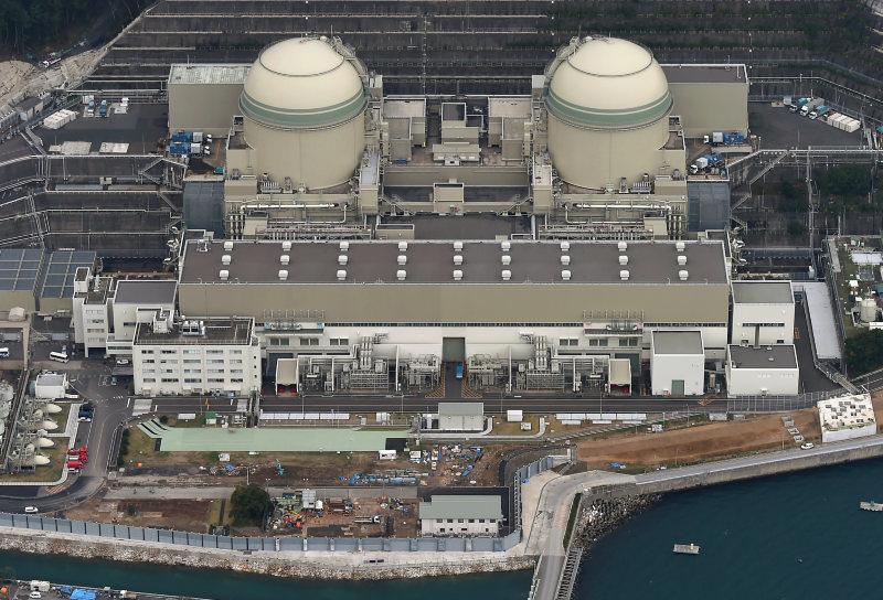 【朗報】関電「ミサイルが直撃しても原発は安全ですよ!」