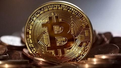 仮想通貨ビットコイン130万円突破!負け組のお前ら「スレ立ったら天井」←wwwwwww