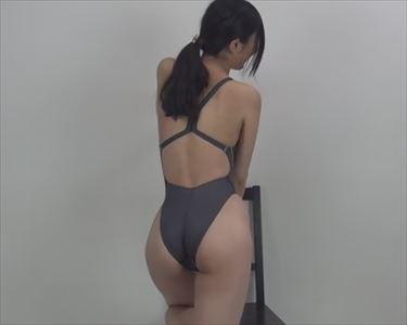【動画】競泳水着に対する愛が伝わってくる動画