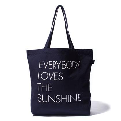 APPLEBUM-EVERYBODY-LOVES-THE-SUNSHINE-TOTEBAG-BLOG1