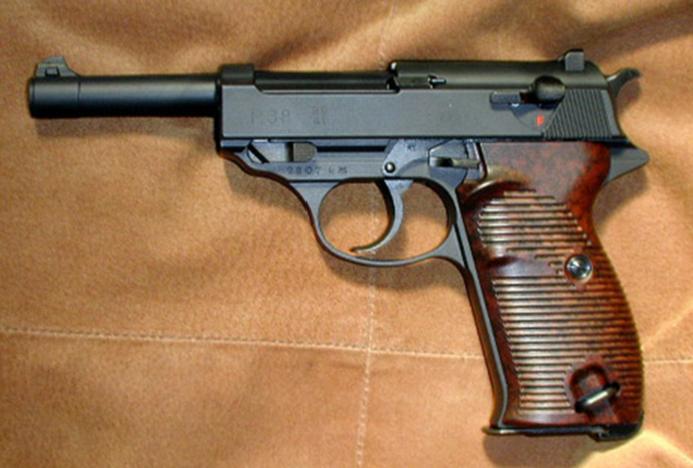 ルパン三世でもおなじみのカール・ワルサー社が開発した軍用 ...