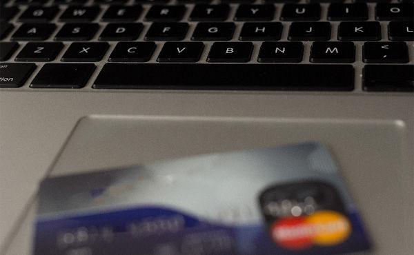 クレジットカードってどれくらい滞納したらアカンの?