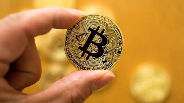 韓国でビットコイン売り金塊68キログラム持ち出した日本人・・・・