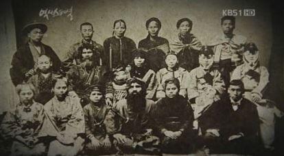 【極悪非道】韓国人「日帝の蛮行に怒りが込み上げて我慢できない‥」「朝鮮人男女」を閉じ込めて「人間動物園」に展示した日本! 韓国の反応
