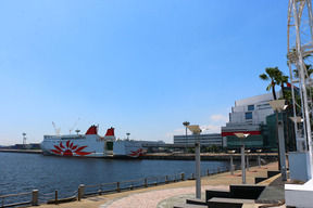 両腕を後ろ手にくくられた首のない男性遺体 大阪港沖で発見 事件と自殺の両面で捜査