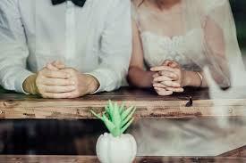 貧乏くさい・・・結婚式だねえ