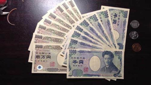 年収80万円、36歳男性