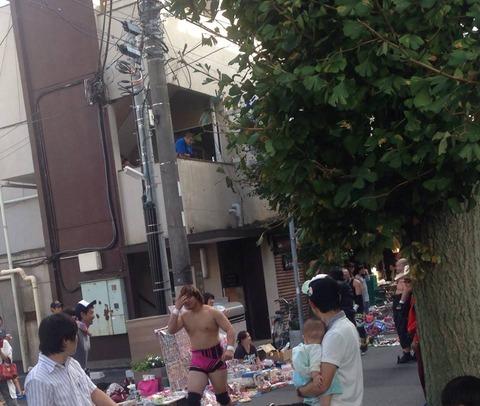 BJW_shotengai_proresu_seya05