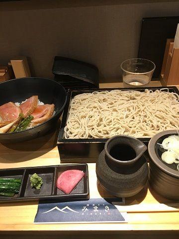 蕎麦きり みまきの鴨ステーキ丼セット@赤坂