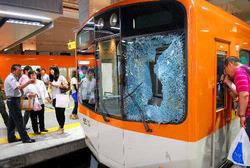 電車 人身事故