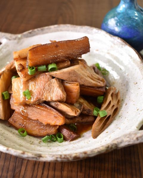 さつま芋と豚肉の炒め煮 (1)