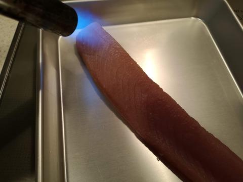 ビンチョウマグロの炙りカルパッチョ (3)