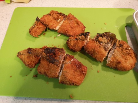 鮭のフライ レモンパセリソース (8)