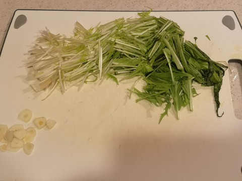 ピリ辛にんにく水菜 (2)