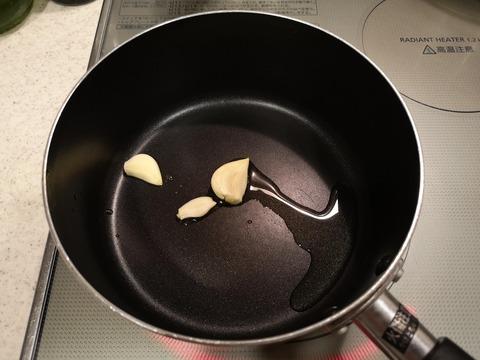 鶏手羽元のトマト煮込み (2)