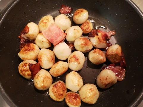 里芋とベーコンの蒸し焼き (5)