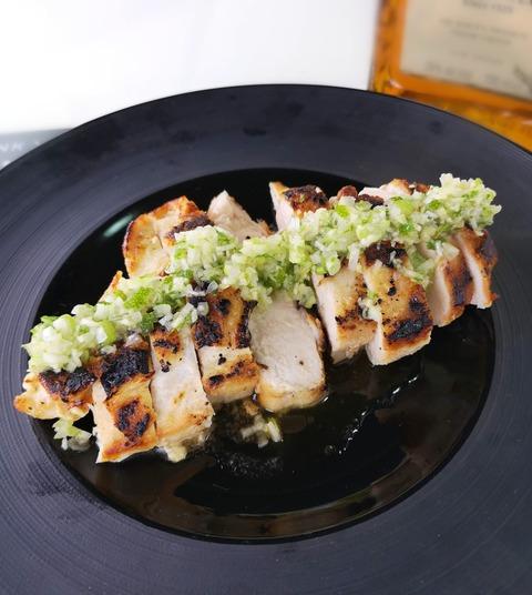 鶏ムネにくのソテーカボスソース (1)